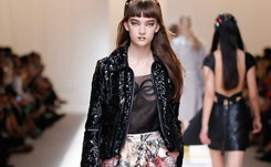 La vida en rosa de Fendi brilla en la semana de la moda de Milán