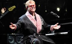 Gucci habille Elton John pour sa tournée d'adieu