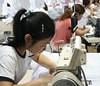 China es menos atractiva para fabricantes de moda