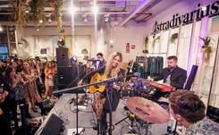 Stradivarius inaugura Flagship en Bilbao