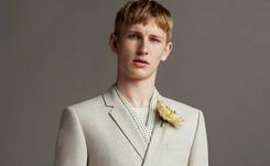 Semana de moda masculina de Londres hace un guiño al mar y al punk