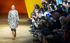 Moda: Céline en contrastes, Kenzo dinámico y Masha Ma individual