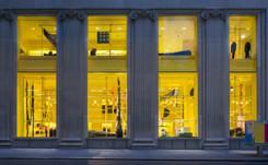 En image : Raf Simons et Sterling Ruby dévoilent le design provisoire de Calvin Klein