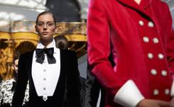 Así fue (en detalle) el primer desfile para Chanel de Virginie Viard