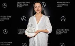 Melania Freire se alza con el premio Mercedes-Benz Fashion Talent