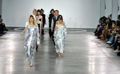Des zombies et des femmes : temps forts de la Fashion Week de Londres