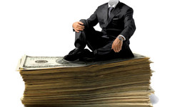 Large fashion corporations must declare executive pay