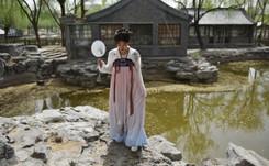 """En China, los jóvenes ponen de moda el """"hanfu"""", el traje tradicional"""