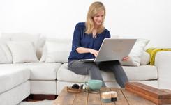 Wachstumsmotor E-Commerce: Bekleidungshändler erwirtschaften 2015 in Deutschland erstmals mehr als zehn Milliarden Euro im Internet