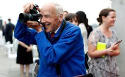 Bill Cunningham, el fotógrafo de moda que conoce todos los secretos de las calles