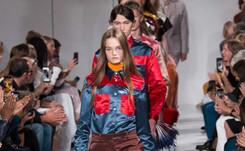 New York Fashion Week: Raf Simons entre rêve et cauchemar américain