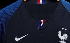 Coupe du monde 2018 : les fans assaillent la boutique Nike des Champs-Elysées