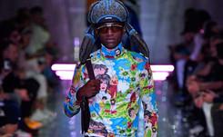 Prada presenta un festival de colores durante la Semana de la Moda de Milán