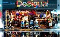 Desigual reestructurará su red de distribución con reubicaciones y cierre de tiendas