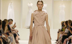 Dior bans Instagram bling at Paris haute couture week
