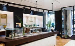 Royal Quartz : renaissance de l'enseigne horlogère parisienne dans son nouveau décor